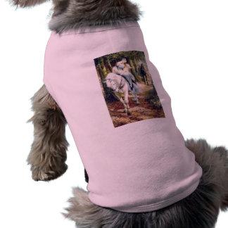 Romántico medieval del caballo blanco de la señora camisa de mascota