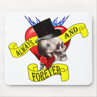 Romatic skull and Valentines love heart tattoo Mouse Pad