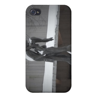 Romeo and Juliet, A Winter Embrace, Central Park iPhone 4 Case