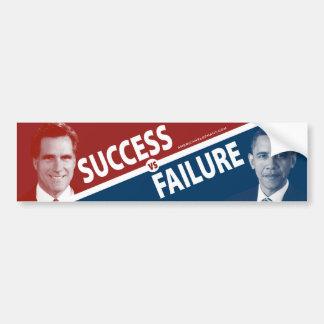 Romney contra Obama - éxito contra fracaso Pegatina De Parachoque