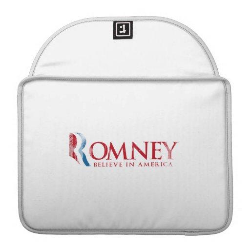 Romney - crea en América (roja) Fundas Para Macbook Pro
