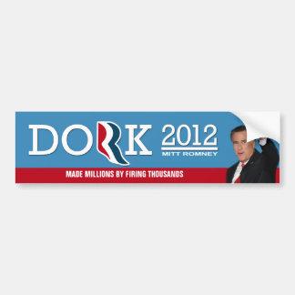 Romney que roba del proor, da a los ricos pegatina de parachoque