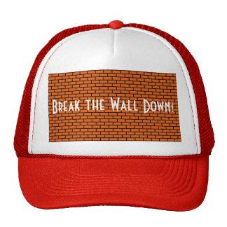 Rompa la pared abajo ladrillo anaranjado gorras de camionero