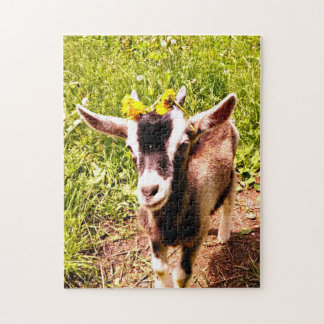 Rompecabezas adorable de la cabra del bebé