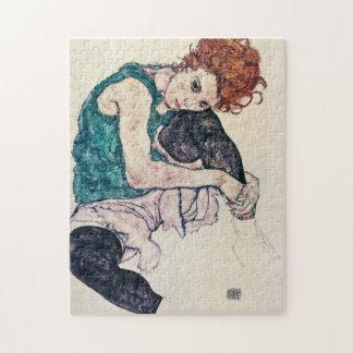Rompecabezas asentado Schiele de la mujer de Egon
