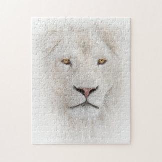 Rompecabezas blanco de la cabeza del león