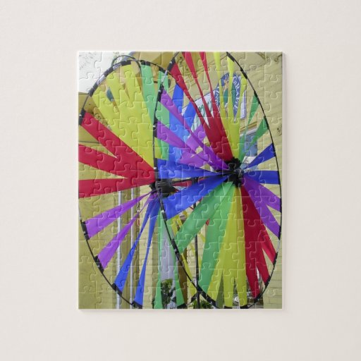 Rompecabezas bonito de las ruedas de color