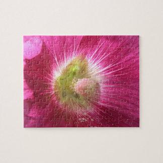 Rompecabezas de color rosa oscuro del Hollyhock