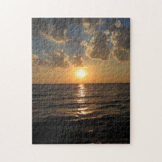 Rompecabezas de la puesta del sol del lago