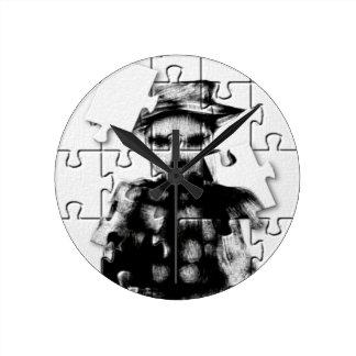 Rompecabezas de SkareKrow Reloj Redondo Mediano