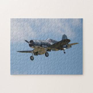 Rompecabezas del aterrizaje del corsario de F4U