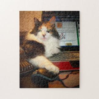 Rompecabezas del gatito del calicó del teclado