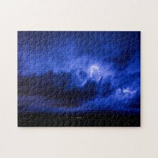 Rompecabezas del relámpago del cielo azul
