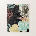 Rompecabezas floral grabado intrépido