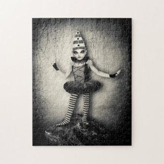 Rompecabezas góticos de la muñeca