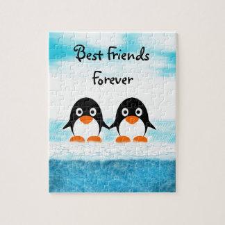 Rompecabezas lindo del pingüino