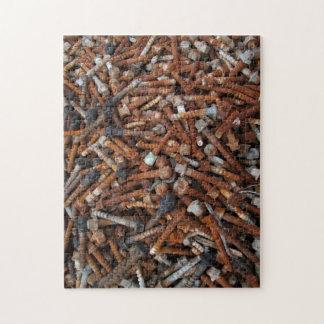 Rompecabezas/rompecabezas oxidados de los tornillo rompecabezas