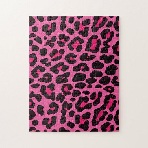 Rompecabezas rosado femenino del estampado leopard