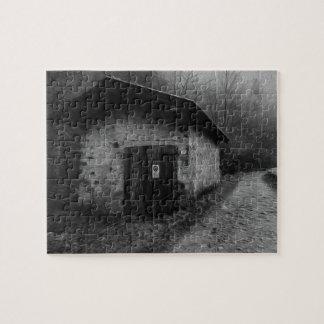 Rompecabezas silencioso blanco y negro de la pintu