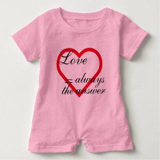 Romperpakje Love = always the answer roze. Baby Romper