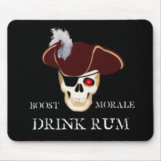 Ron de la oscuridad del pirata tapete de ratones