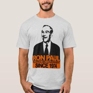 Ron Paul - gobierno grande que lucha Playera