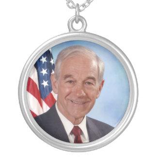 Ron Paul: Miembro del Congreso, doctor, presidente Colgante Redondo