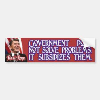 Ronald Reagan en soluciones y subsidios del gobier Pegatina Para Auto