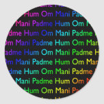 Ronquido de OM Mani Padme del arco iris (en negro) Etiqueta