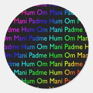 Ronquido de OM Mani Padme del arco iris (en negro) Pegatina Redonda