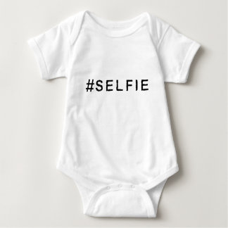 Ropa de Hashtag - #SELFIE Playera