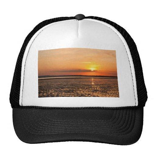 Ropa de la puesta del sol gorras
