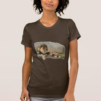 Ropa del arte de los amantes del león camiseta