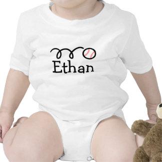 Ropa del bebé con la impresión del nombre y del bé camisetas