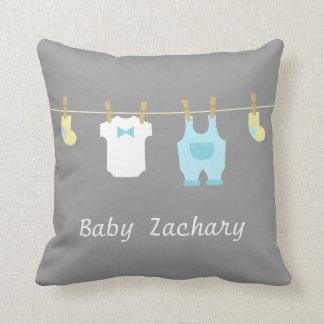 Ropa elegante y linda del bebé, bebé cojin