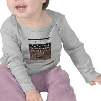 Ropa olvidada del bebé de la colección de la camiseta