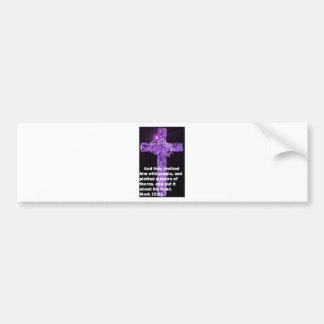 Ropa púrpura etiqueta de parachoque