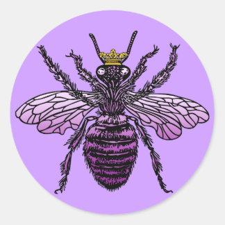 Ropa y regalos de la abeja reina de Carleigh Pegatina Redonda