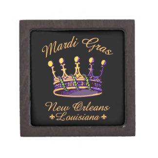 Ropa y regalos de la corona del carnaval cajas de recuerdo de calidad