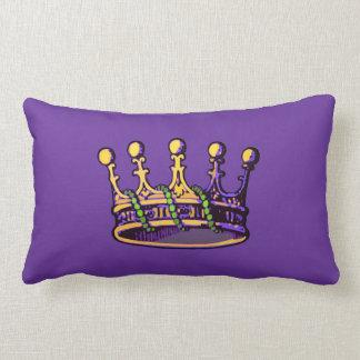 Ropa y regalos de la corona del carnaval cojines