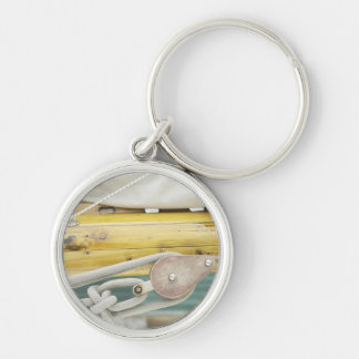 Rope On Pulley Silver-Colored Round Keychain