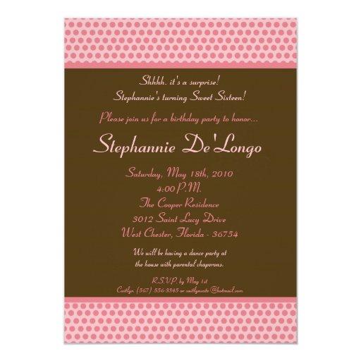 rosa 5x7 y Brown Polkadot invitación de 16