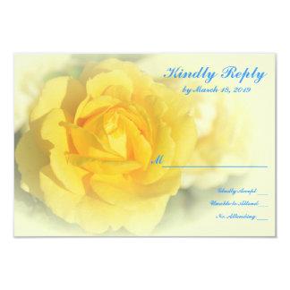 """Rosa amarillo con el azul descolorado invitación 3.5"""" x 5"""""""