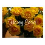 Rosa amarillo feliz de Pascua Tarjeta Postal