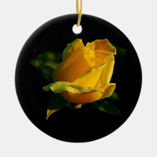Rosa amarillo grande adorno redondo de cerámica