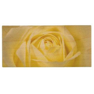 Rosa amarillo memoria USB 2.0 de madera