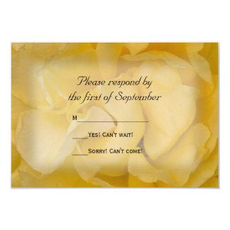 Rosa amarillo que casa la tarjeta de la respuesta invitación 8,9 x 12,7 cm
