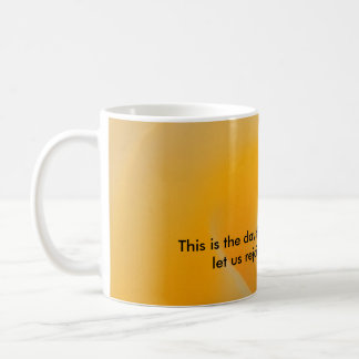 Rosa amarillo taza de café