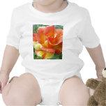 Rosa anaranjado y amarillo 1 trajes de bebé