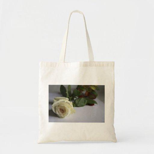 Rosa blanco bolsas